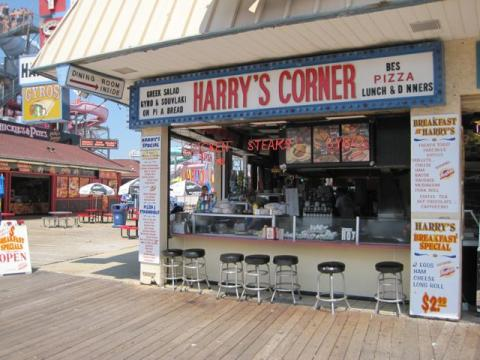 4. Harry's Pizza